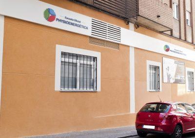 fachada - escuela oficial de kinesiologia holistica